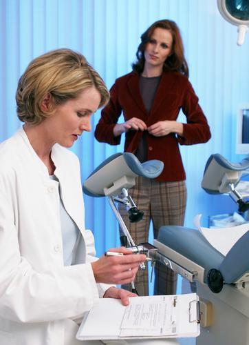 Девушки уженского врача медосмотр фото 581-704